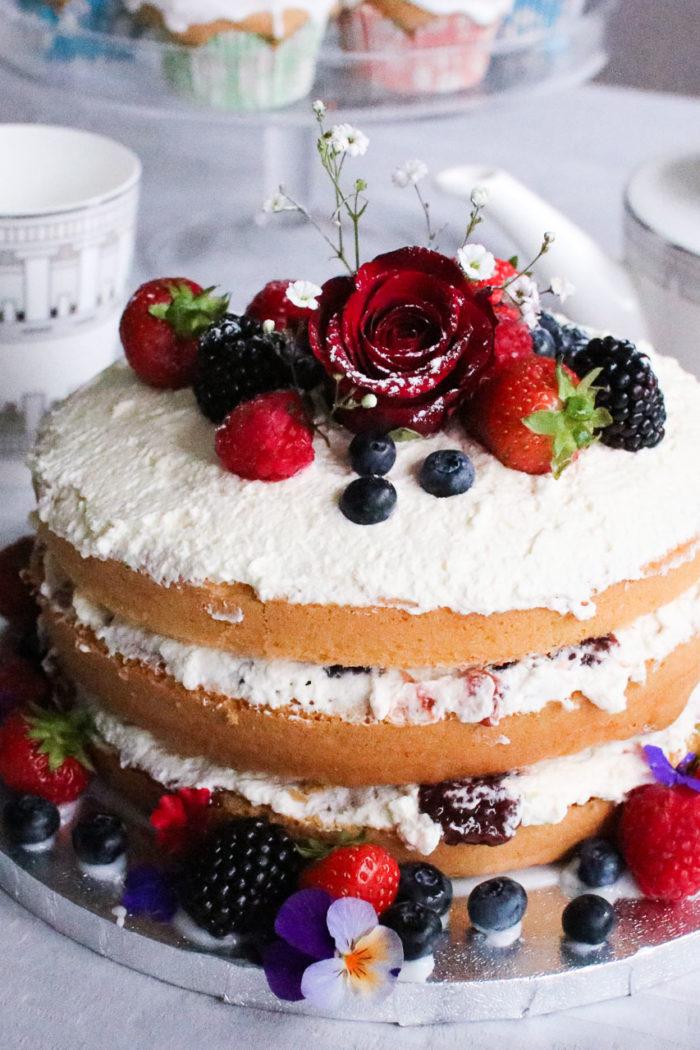 Rustic Victoria Sponge Cake