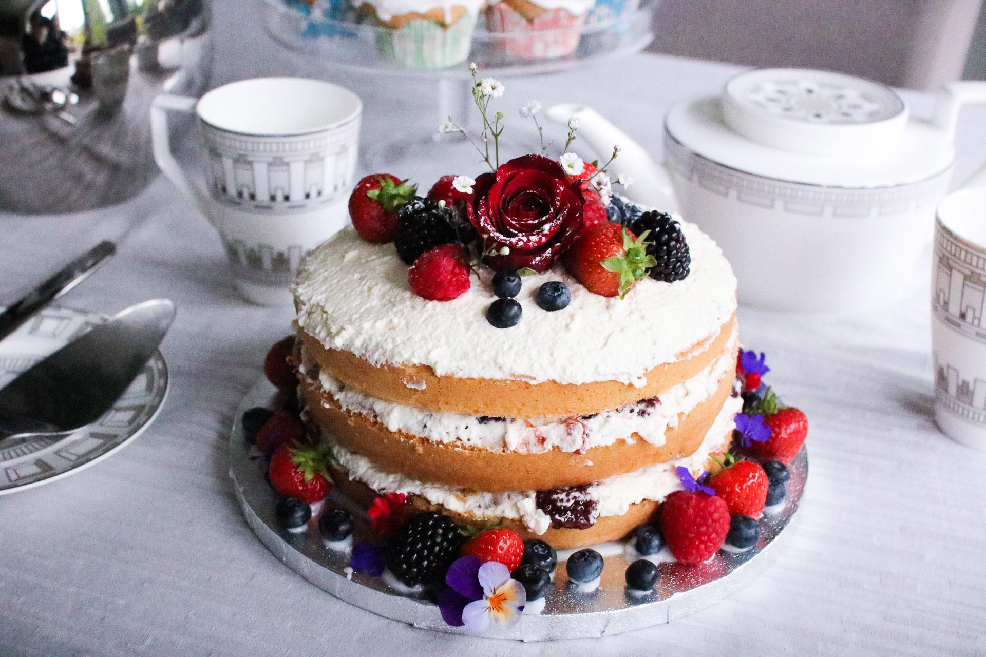 Rustic Victoria Sponge Cake Sartorial Scot