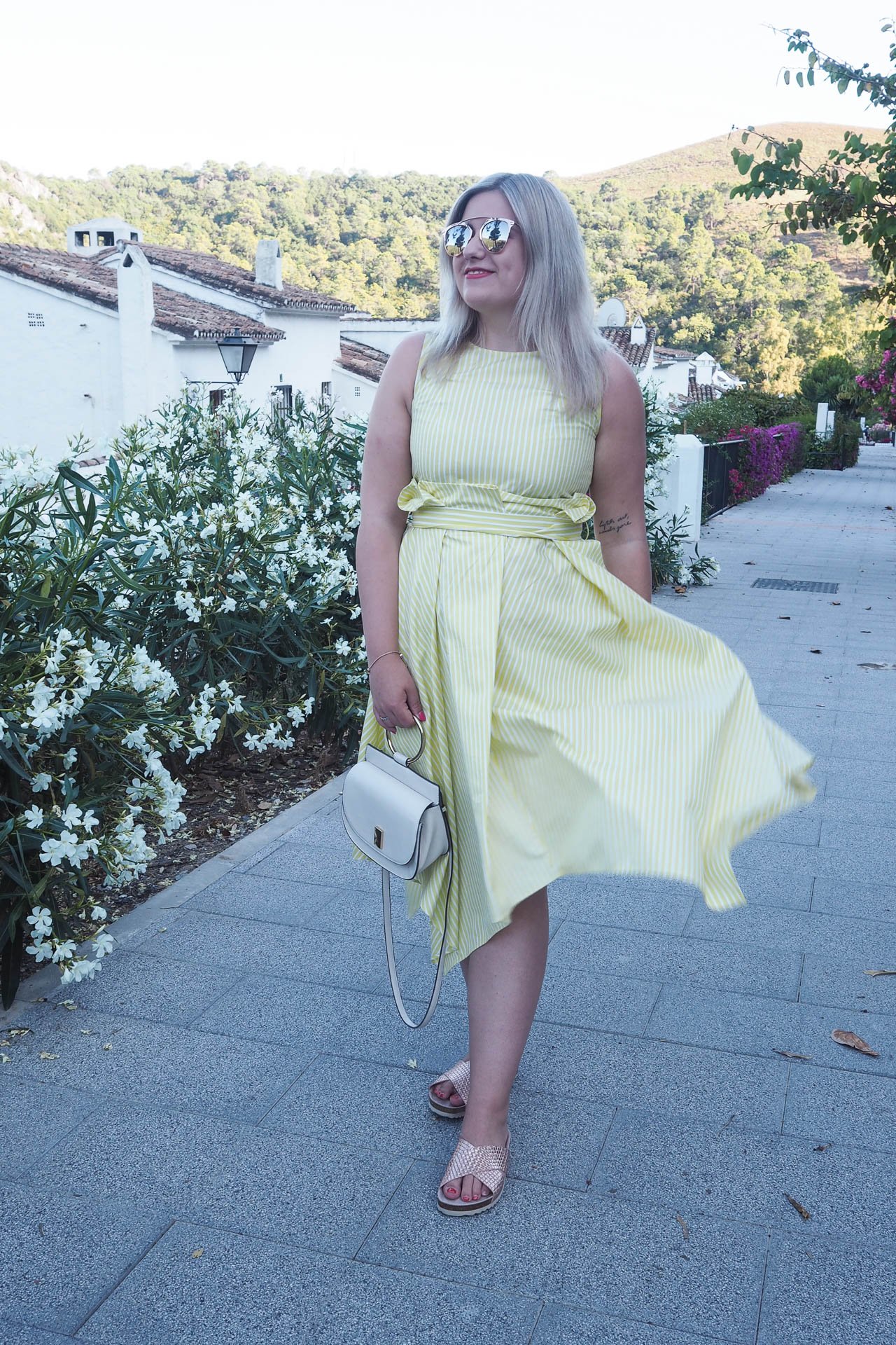 yellow dress summer outfit