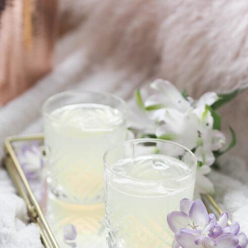 elderflower gin fizz cocktail recipe, summer cocktail,