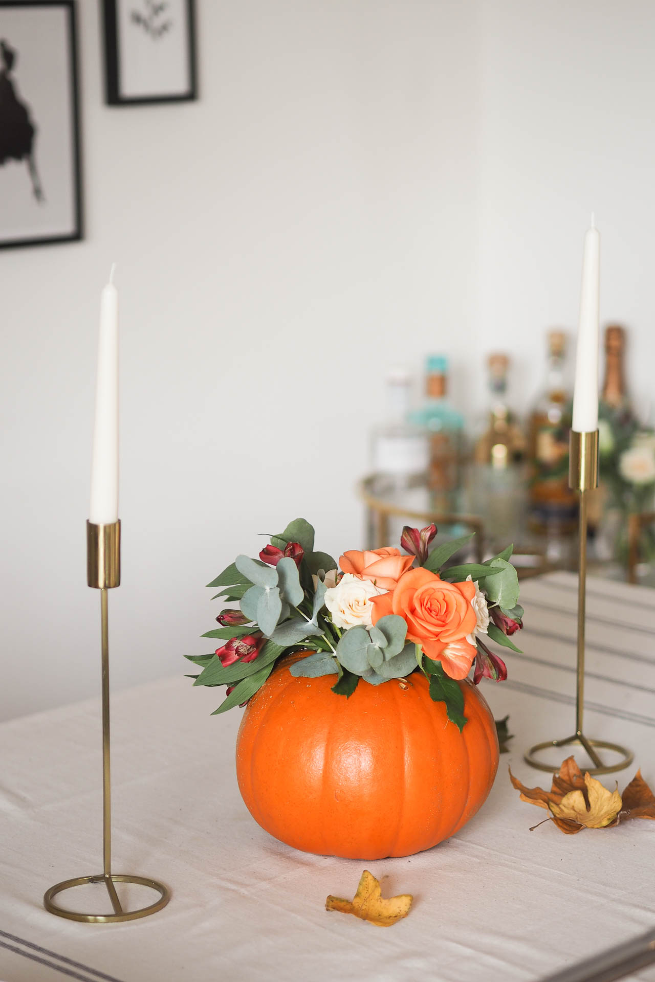 DIY Pumpkin floral arrangement