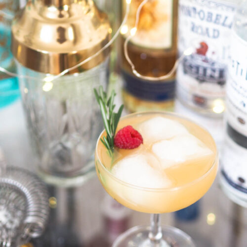 Christmas cocktail: tequila and amaretto sour