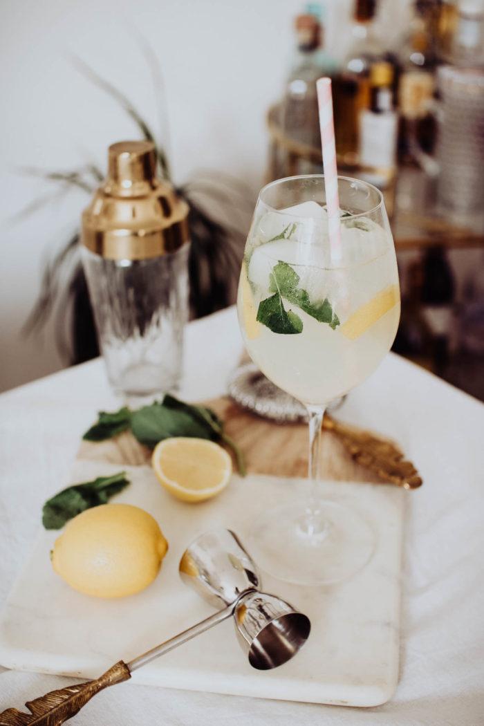 Elderflower, Lemon and Mint Non-Alcoholic Spritz